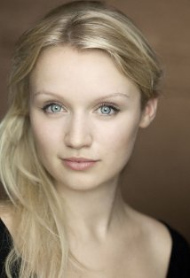 Емілі Беррінгтон (Emily Berrington)
