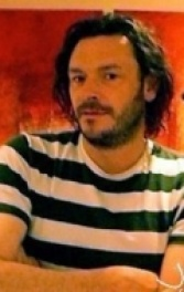 Джулиан Бэррэтт (Julian Barratt)