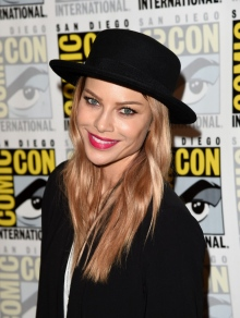 Лорен Джерман (Lauren German)