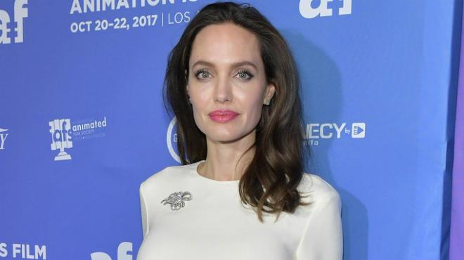 Анджелина Джоли озвучит героиню нового диснеевского фильма