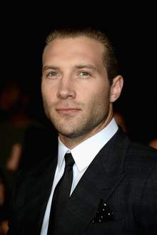 Джей Кортні (Jai Courtney)
