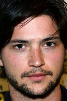 Томас МакДонелл (Thomas McDonell)