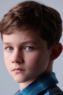 Леви Миллер (Levi Miller)
