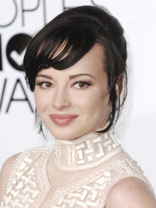 Эшли Рикардс (Ashley Rickards)